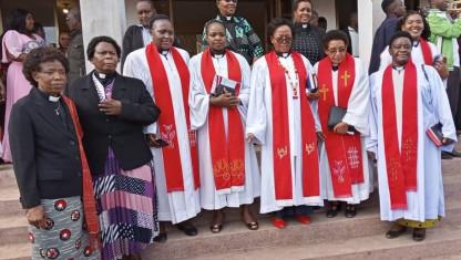 Kvindelige teologer bryder tavsheden